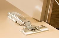 Lowboard-Scharnier-Detail