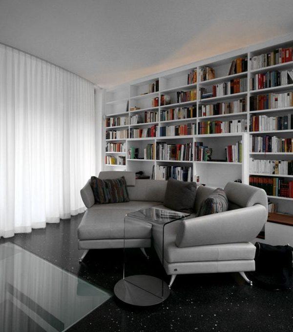 Bücherregal 02